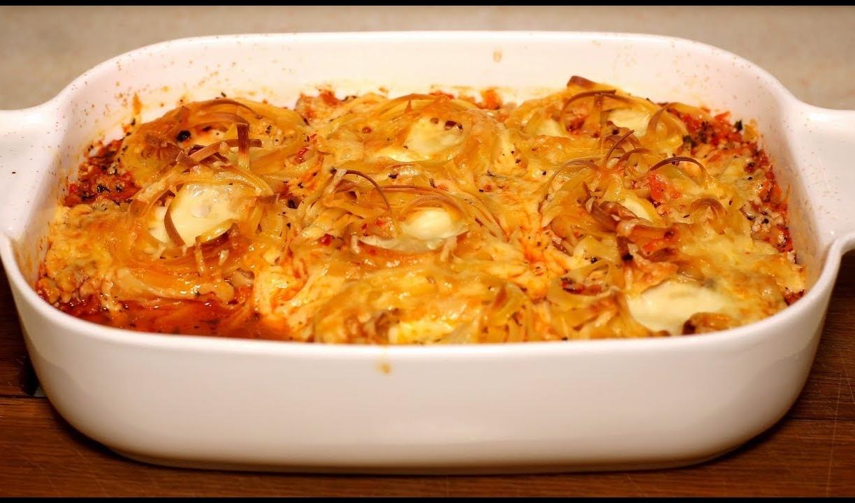 """Супер вкусные макароны с сыром и соусом """"А-ля болоньезе""""."""