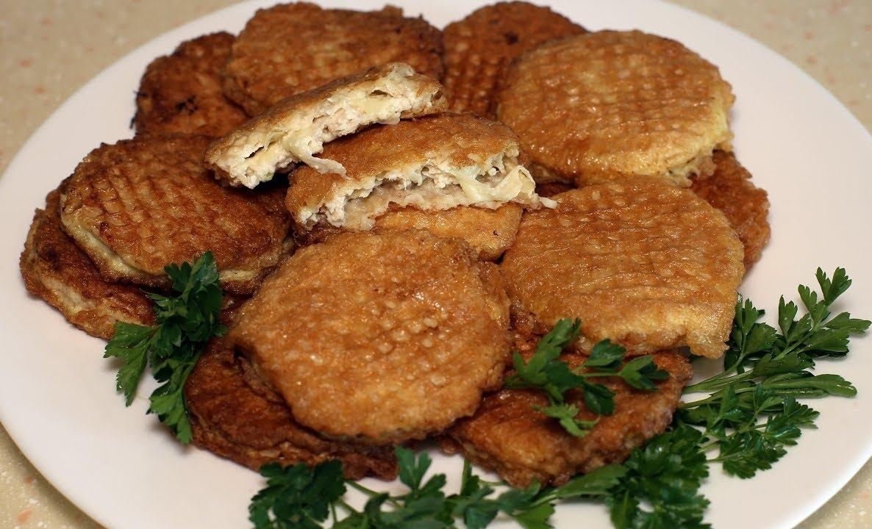 Так куриные котлеты вы еще не готовили!Сочные куриные котлеты с сыром.