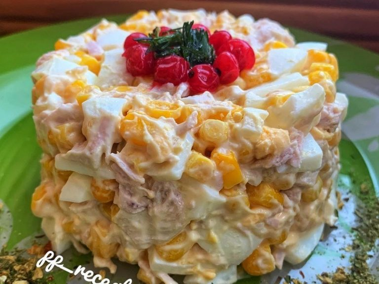 Яркий и вкусный салат «Ромашка». Новый рецепт в копилку!